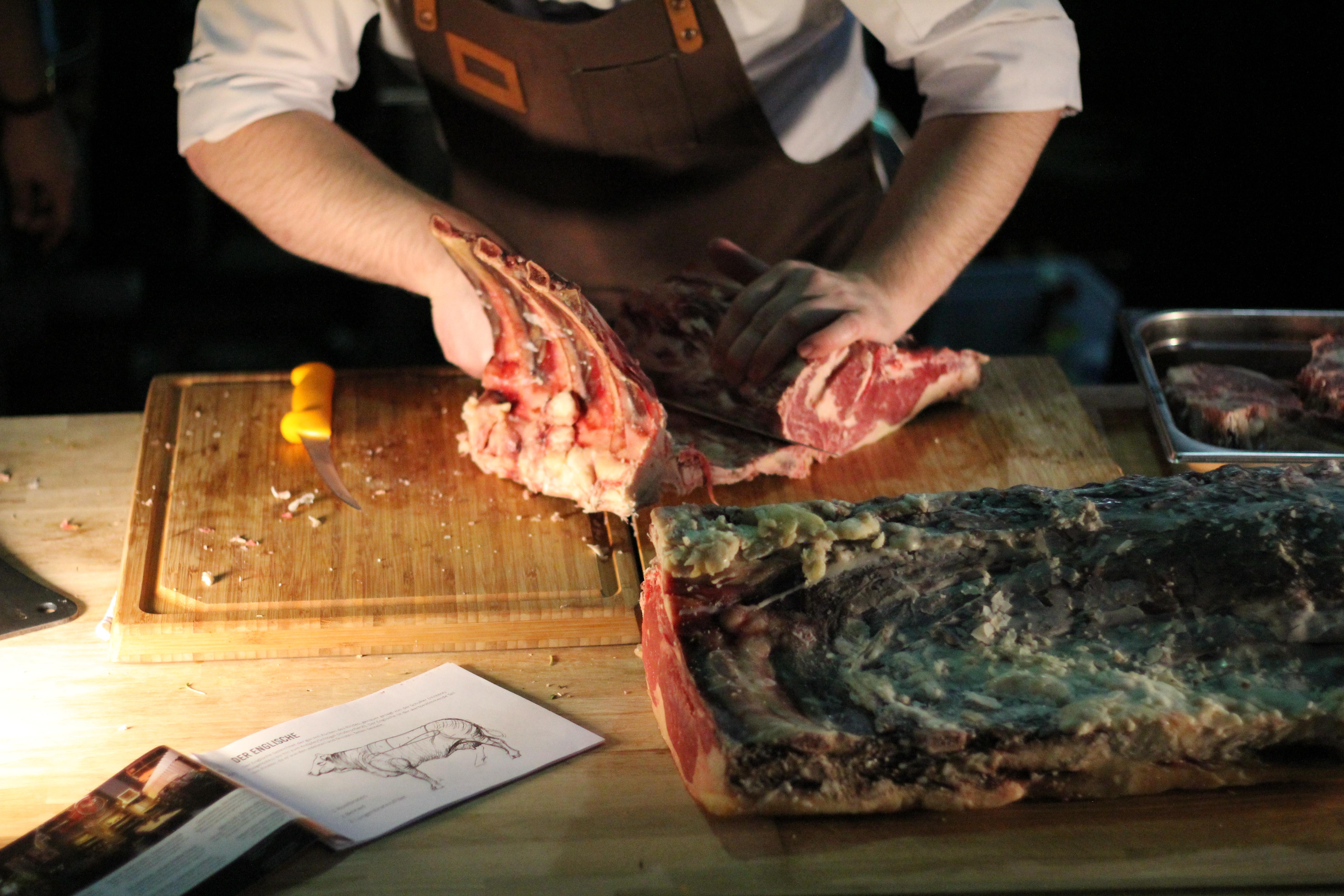 Johannes beim Steakkurs